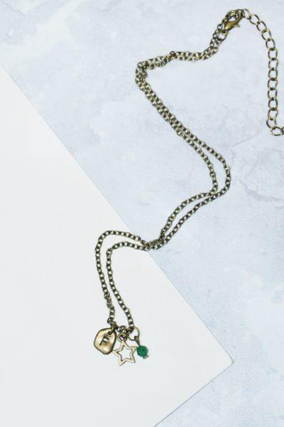 A long star necklace from Livelagom.com